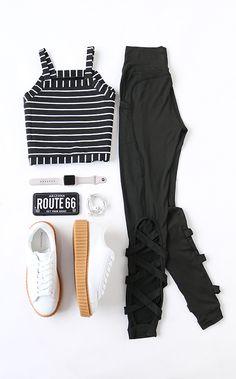 Cutout Crisscross Back Leggings BLACK