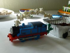 Craftulate: Thomas the Train Birthday Party