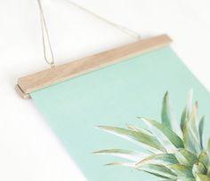 DIY Poster Hanger::