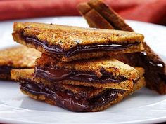 Healthy grilled choco-peanut butter sandwich.  Recipe video:  http://youtu.be/VicEjhCxs04
