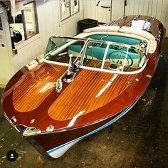 Motor Boat Plans Wooden-Boat Building Plans And Kits Wooden Boat Kits, Wooden Boat Building, Wooden Boat Plans, Boat Building Plans, Best Boats, Cool Boats, Small Boats, Speed Boats, Power Boats