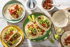 Top-Rated Mexican Recipes For the Family Mexican Food Recipes, Vegetarian Recipes, Ethnic Recipes, Cheesy Recipes, Ham Recipes, Traditional Mexican Dishes, Cheese Tacos, Grilled Halloumi, Cinco De Mayo