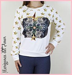 Mariposas del Amor |Sudadera blanca con estrellas doradas y dos leopardos, la tela es algo más fina que las sudadera normales de invierno, la puedes combinar con cualquier look y usarla durante varias estaciones del año