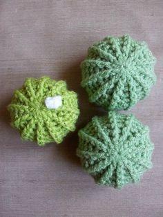 tuto pour crocheter un cactus boule                                                                                                                                                                                 Plus