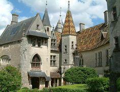 le chateau de la Rochepot