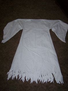 Easy Ghost Costume   More