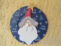 Linda guirlanda natalina para enfeitar a sua porta neste Natal ou então, um presentão para aquela pessoa especial. R$95,00