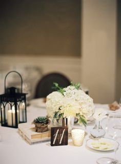 I swear, Santa Barbara plays hostess to some of the loveliest weddings in all the land, and this pretty captured byPatrick MoyeratEl Encantois the perfect example. It's simply overflowing with gorgeous, and withTEAM Hair & Makeupat the beauty helm, it's no