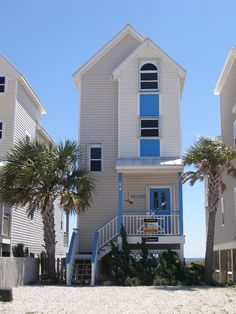 St George Island Cottage Rental: 'boardwalk' - Beachfront - Central Island Location W/3bed3bath And Free Wifi | HomeAway