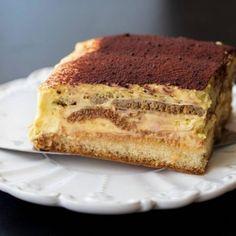 Tort cifra cu crema de lamaie - Lucky Cake