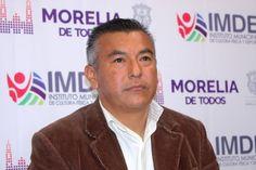El secretario de Administración, Yankel Benítez, recibió la renuncia por proyectos personales de Francisco Chávez Ibarra, como director del IMDE, quien durante su cargo, realizó diversas acciones en favor del ...