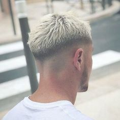barber haircut By 2 steps for a successful hair salon. Cool Hairstyles For Men, Hairstyles Haircuts, Haircuts For Men, Hair And Beard Styles, Curly Hair Styles, New Hair Growth, Growth Oil, Men Hair Color, Faded Hair