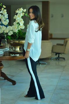 {Silvia Braz} Silvia Braz, Look Fashion, Beautiful Outfits, Beautiful People, Style Inspiration, Black And White, Lifestyle, Chic, My Style