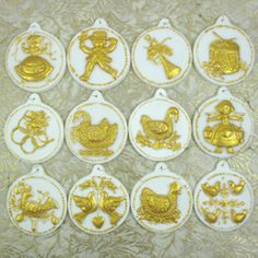 12 Days of Christmas Chocolate Molds- not a cookie but would be so cute as cookies
