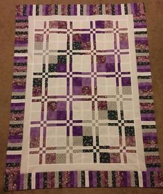 Quilt Patterns For College Students : College quilt ideas on Pinterest Quilt, Colleges and Quilt Patterns