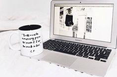 10 WordPress Themes that were made for the Ultimate #GirlBoss   hellohustle.com