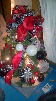 Mini Texas Tech Christmas tree... 12.02.15