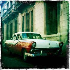 Havana, Cuba  http://www.pinterest.com/waynetempleton/transportation/