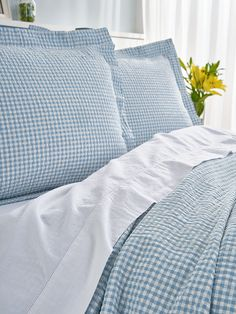 A gingham bedspread adds a fresh look to any decor while the cotton in this seersucker coverlet is perfect for people who cringe at the commitment of ironing. Pillow Shams, Duvet, Pillows, Coverlet Bedding, Bedding Sets, Cotton Blankets, Soft Blankets, Linen Curtains, Bed Linen