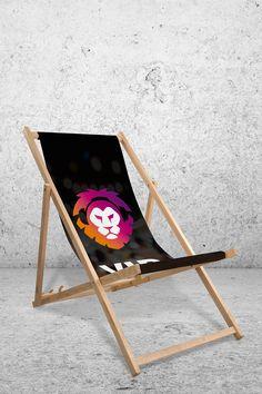 Einfach liegend Werbung machen. Wheelbarrow, Garden Tools, Events, Inspiration, Sunroom Playroom, Pool Chairs, Advertising, Simple, Biblical Inspiration