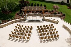 Doubletree Hotel Boston-Bedford Glen offers extraordinary services for a Boston wedding reception.