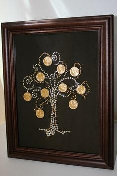 Beer Cap Art, Coin Crafts, Pottery Painting Designs, Coin Display, Coin Art, Money Trees, Copper Art, Disney Home Decor, Frame Crafts