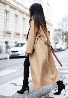The elegance of classic camel coat. #camel #winter