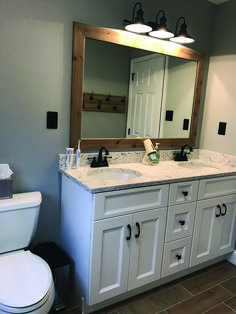 17 Fresh & Inspiring Bathroom Mirror Ideas to Shake Up Your Morning Lipstick Routine Hall bathroom update Benjamin Moore Coventry gray paint. Bathroom Mirror Makeover, Bathroom Mirror Design, Bathroom Lighting Design, Hall Bathroom, Bathroom Flooring, Bathroom Interior, Tile Flooring, Bathroom Vanities, Bathroom Ideas