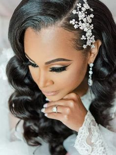 Bride getting ready wearing glam sparkly hair pin with old Hollywood waves Wedding Eye Makeup, Bride Makeup, Wedding Beauty, Black Brides Hairstyles, Side Swept Hairstyles, Wedding Hairstyles, Natural Hair Bun Styles, Hair Styles, Bridal Makeup For Brunettes