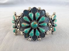 Vintage NAVAJO Sterling Silver & TURQUOISE Cluster Petit Point Cuff BRACELET
