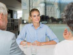 La couleur des vêtements et le langage corporel font partie des éléments à ne pas négliger en entretien d'embauche