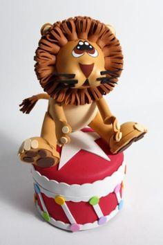 león de circo  goma eva termoformado