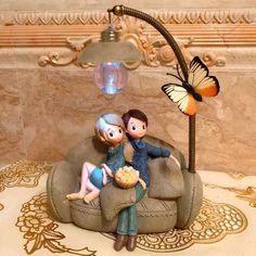DecBest Couple Night Light Decoration Creative Gift Resin Crafts Ideal Christmas Gift is Multicolor-NewChic Mobile Luminaria Diy, Carl Y Ellie, Night Couple, Miniature Figurines, Cute Cartoon Wallpapers, Table Covers, Tapestry Wall Hanging, Resin Crafts, Creative Gifts
