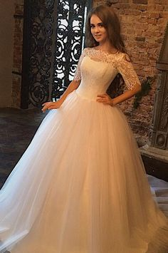 lace wedding dress,wedding gowns,Half Sleeve Wedding Dress,Ball Gown Wedding Dress,court train wedding dress,Scoop wedding dress,new arrival wedding dress #laceweddingdresses