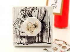 Alice in Wonderland Bedroom Decor Light Switch featuring ´Alice Finds A Tiny Door´ illustration by Sir John Tenniel