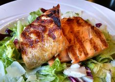 My healthy low carb lunch today: a Caesar Salad with double grilled salmon. :-) Restaurants are easy! Much better than cooking, lol...