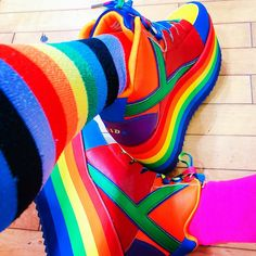 🌈🌈🌈yru rainbow🌈🌈🌈 🎈🎈🎈🎈❤️💛✨💙❤️💛ð . - si: the sims - Rainbow Rainbow Shoes, Rainbow Outfit, Rainbow Fashion, Rainbow Clothes, Aesthetic Grunge, Aesthetic Fashion, Hair Design, Kids Outfits, Cool Outfits