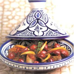 Tajine from Morocco Olive Recipes, Lemon Recipes, I Love Food, Good Food, Yummy Food, Pureed Food Recipes, Cooking Recipes, Preserved Lemons, Exotic Food
