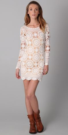 White Crochet dress with circle motif Retro Crochet Dress, Crochet Tunic, Crochet Clothes, Knit Dress, Knit Crochet, Crochet Granny, Crochet Motif, Dress First, The Dress