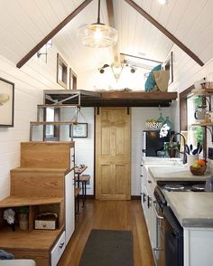 Oregon City, Oregon. Tag someone who might love this⬇️❤️ 150 sq. ft. Tiny Home by Tiny Heirloom #tinyhousemovement #tinyhouse #cabin #smallhouse #tiny #house #cottage #cabinlove #cabinporn #simpleliving #simplelife