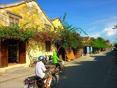 Top 5 Places To Visit In South East Asia Hoi An, Vietnam ; Love Hoi An! Tailored clothing all the way! Peace Corps, Travel Bugs, Borneo, Asia Travel, Southeast Asia, Trip Planning, Bangkok, Laos, Hong Kong