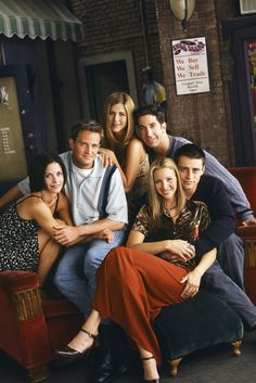 """This 'Friends"""" fan theory will hurt your heart"""