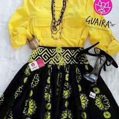 Dale color a tu #outfit de oficina y luce elegante, comoda y con estilo al mismo tiempo!! ✔falda de corte amplio confeccionada en #saburete con detalle de mola de diseño tribal en la cintura! Un #mustlove  imperdible! ✔ se confeccionan por pedido a la medida del cliente y con los colores que selecciones  #somosPanamá #modaétnica #moderna #hechoamano #elegante #glamorosa #glamstyle #urbanoétnico #modaadictiva #encajes #molasdesign #panamaestademoda #diseñosexclusivos #creativasproduciendo #