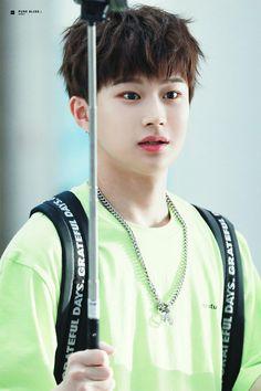 Culture Industry, Group Dance, U Kiss, Kpop Boy, Cute Boys, Boy Groups, The Unit, Produce 101, Hair Styles