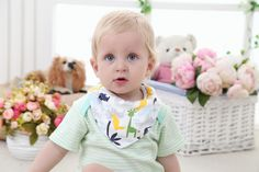 How lovely!Cartoon animal style! Smiling Baby Extra Absorbent 4 - Pack Cotton Baby Bandana Drool Bibs, Unique Cute and Modern Trendy Design, Fashionable Unisex Bibs (Boys & Girls), a Cute Baby Gift