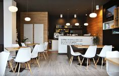 Interior pizzeria flavours, MDF infoliat. Conference Room, Interior Design, Table, Furniture, Home Decor, Interiors, Nest Design, Decoration Home, Home Interior Design