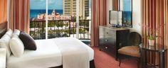 Aqua Waikiki Wave Hotel