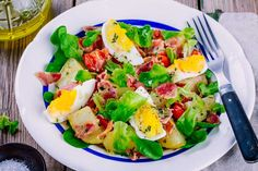 Buy potato salad with eggs, lettuce, tomatoes and bacon by nblxer on PhotoDune. potato salad with eggs, green lettuce, cherry tomatoes and bacon Potato Salad No Mayo, Potato Salad With Apples, Potato Salad Mustard, Potato Salad Dressing, Potato Salad Recipe Easy, Salad Recipes With Bacon, Creamy Soup Recipes, Salad Recipes Video, Healthy Dinner Recipes