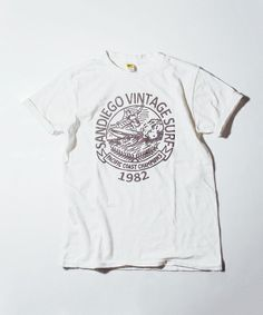 Design And Illustration Shirt Vintage Surf, Vintage Shirts, Vintage Outfits, Shirt Blouses, Tee Shirts, College Shirts, Long Sleeve Shirts, Shirt Designs, Menswear