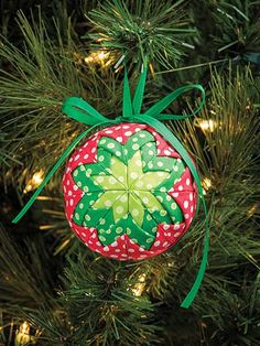 Learn how to make this no sew Christmas ornament ball